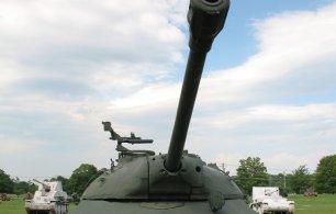 «Мир танков»: простая игра или бич современности?